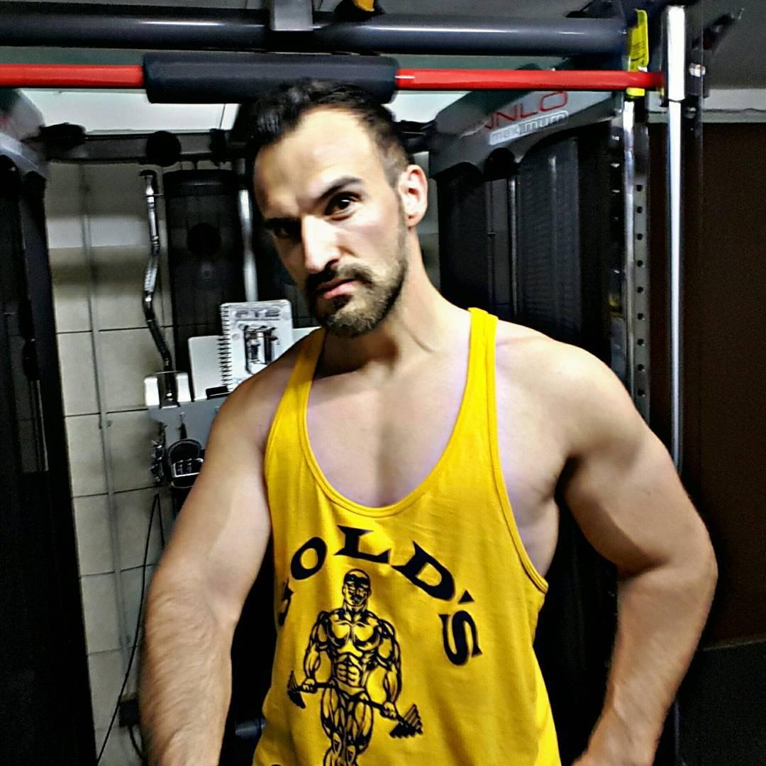 Bosshafte Grüße aus dem Fitnessknast!  #body #bodybuilding #training #gym #mcfit #superfit #mcfitberlin #muskeln #fit #fitness #boss #bangboss #bosslife #porn #pornostar #fitnessfirst #nude #stayfit #shape #inshape #diät #diet #nopainnogain #berlin #german
