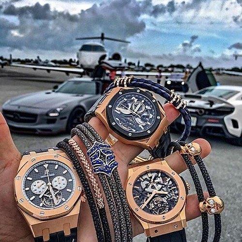 Get rich or die tryin'  #luxury #lifestyle #audemarspiguet #watches #blingbling #money #rich #sportscar #supercars #privatejet #trip #holiday #friends #millionaire #billionaire