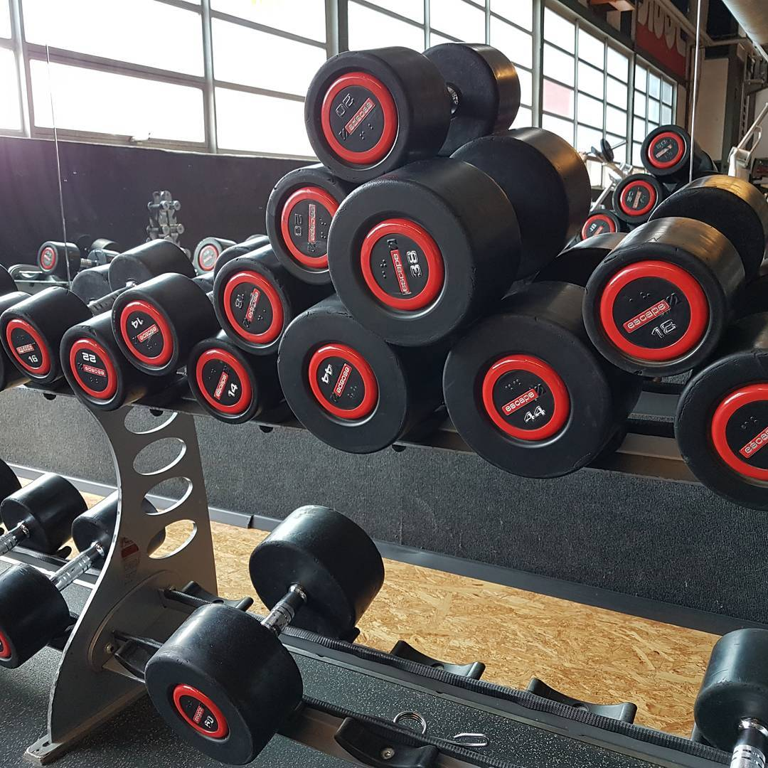 Mal ehrlich Freunde, wer so den Hantelbereich verlässt, ist ein richtiges Vollopfer! #fitness #fit #fitfam #bodybuilding #selfie #me #mcfit #superfit #crunchfit #fitnessfirst #motivation #sport #lifestyle #body #muscles #muskeln #pump #pumped #german #berlin #gym #homegym #nopainnogain