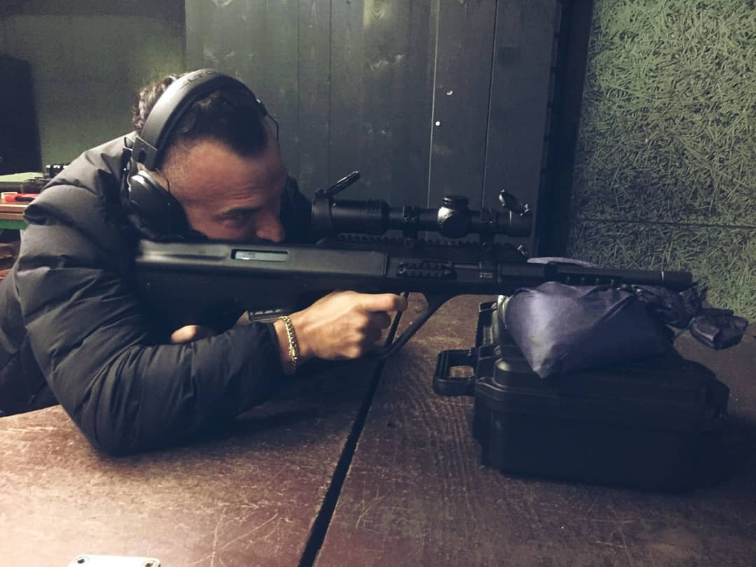 Heute nach längerer Zeit mal wieder auf der 100m Bahn geschossen mit der Steyr AUG… hat echt Spaß gemacht! . #shooting #schießen #shootingrange #berlin #wannsee #schützenverein #shotevent #shooter #steyr #steyraug #gun #guns #sharpshooters #sharpshooter #schießsport #training #germany #berliner #bullseye