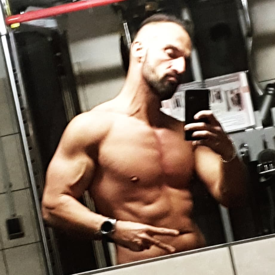 Aktuell ca. 90kg und keine Ahnung wieviel Körperfett… weiter geht's Richtung Rambobody✌🏻 . #rambo #rambobody #fitness #sport #bodybuilding #diet #shredded #abs #muscles #mcfit #mcfitberlin #crunchfit #superfit #fitnessfirst #high5 #fitx #instafit #fitfamgermany #fitfam #followme #likeme #l4l #f4f #berlin